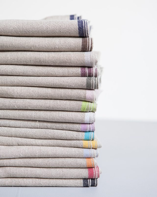 Mungo Linen Selvedge Serviettes come in 16 colours