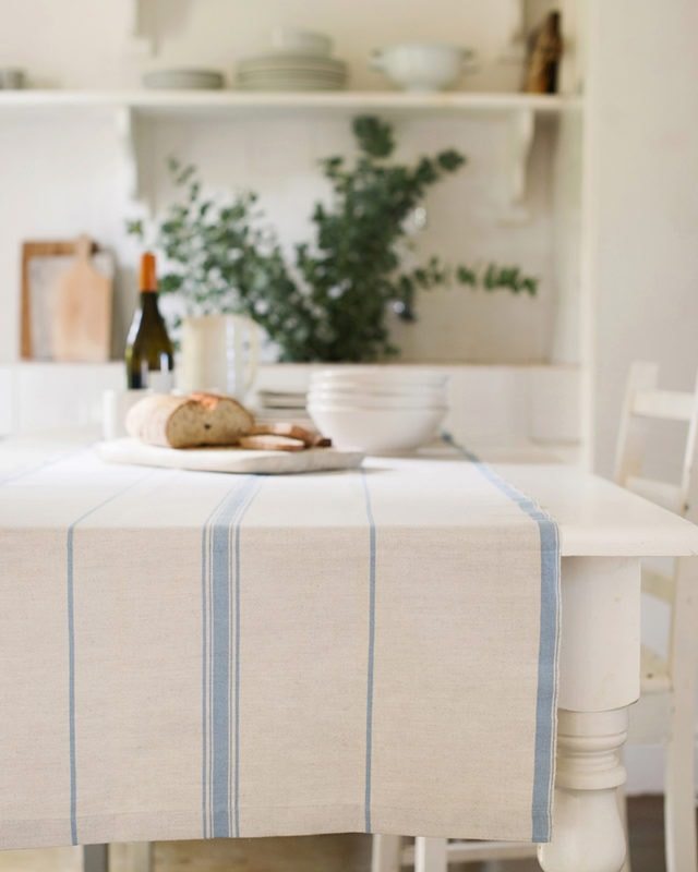 Mungo Lisburn Linen Table Runner. Natural fibre homeware textiles woven in South Africa. Timeless table centrepieces with a woven stripe detail