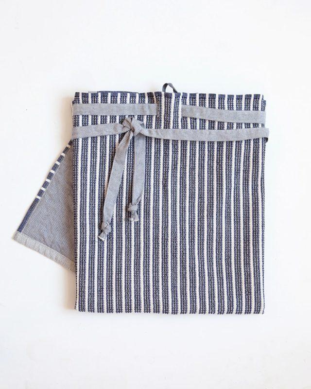Many Blue Mungo Man Cloth wrap-around apron for men