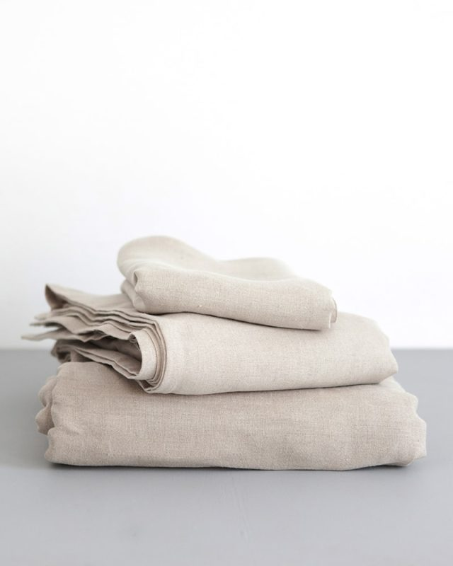 Crisp 100% linen fitted sheets in natural flax woven from Italian 100% linen at the Mungo Mill